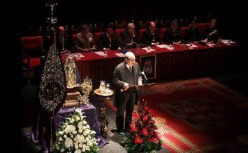 Ramón Burgos pregonó a los cofrades granadinos
