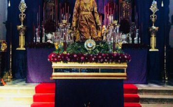 Granada rezó el vía-crucis en la Catedral