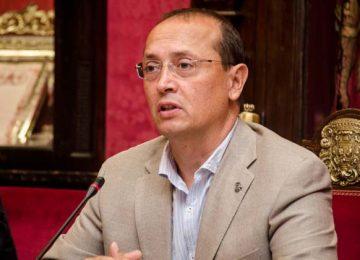 Fernando Egea recibe hoy las tapas para el Pregón del Zaidín