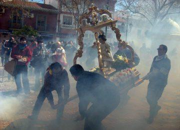 CÚLLAR VEGA. Se prepara la 'procesión de los petardos'