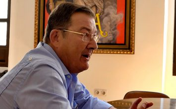 Dimite el presidente del consejo de Cofradías de Sevilla