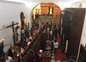 HUÉSCAR. Éxito de la exposición del 75 Aniversario de la Soledad