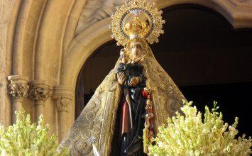 Almería rinde culto a su Patrona