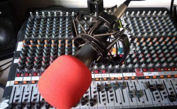 Tenemos cita en la radio