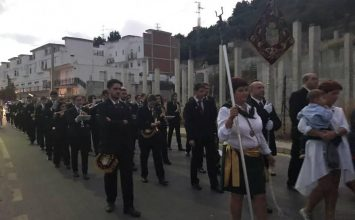 ALMUÑÉCAR. La Banda de Cúllar Vega con San Isidro