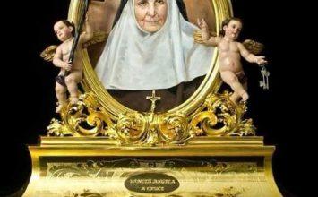 Veneración de la reliquia de Santa Ángela