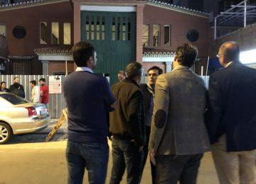 El alcalde visita la puerta de La Lanzada