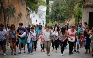 Granada se llena de turista en los puentes