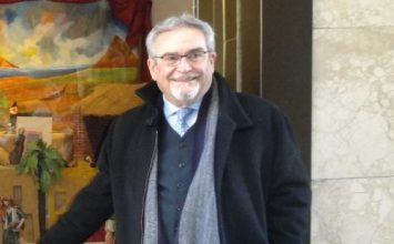 Francisco Salazar, Hermano Honorario de la corporación patronal