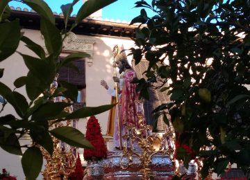 San Cecilio salió ayer en procesión