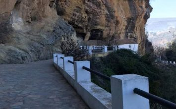 'Sendero de los Miradores', en Montefrío