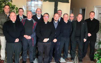 Los obispos abordan las salidas extraordinarias y creación de cofradías