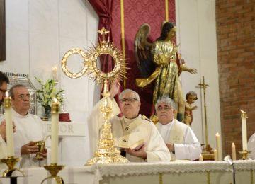 Nueva Custodia y Capilla en el Santo Ángel Custodio