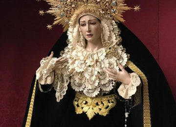María viste de luto (I)