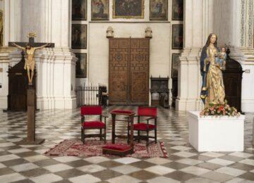 Así queda en la Catedral la nueva talla de la Antigua