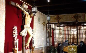 Restaurado el crucificado de las Carmelitas