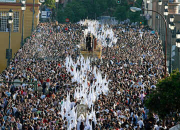 Suspendida la Semana Santa de Sevilla