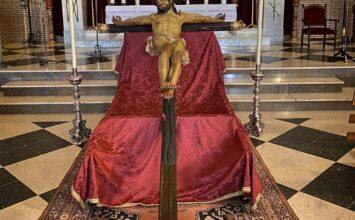 Nueva cruz para el Cristo de la Lanzada