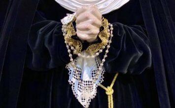 Las dolorosas del Vía Crucis vestidas para Cuaresma