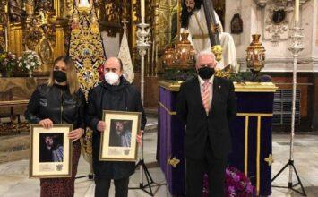 Homenaje en la cofradía del Rosario