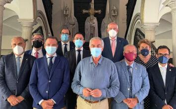 Presidentes de Agrupaciones de Cofradías se citan en Málaga